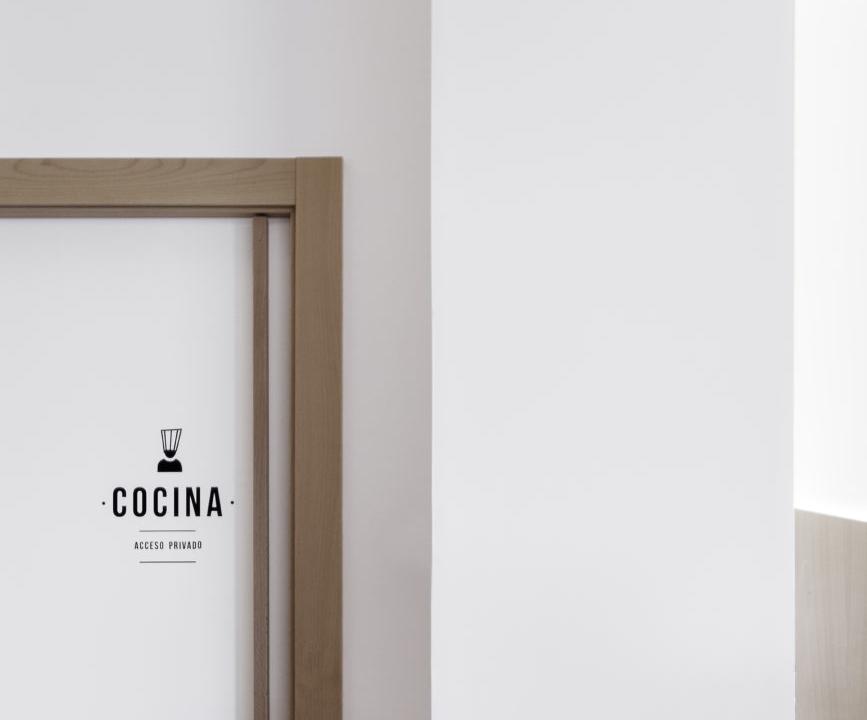 diseño de marca cafetería logo cocina nan arquitectos